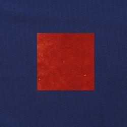 Terracotta op donkerblauw