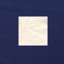 Wit op donkerblauw