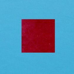 Rood op helderblauw