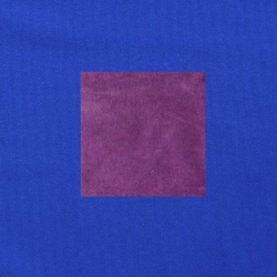 Paars op kobaltblauw