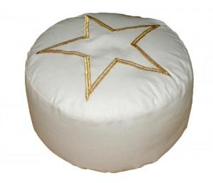 Vijfpuntige ster op meditatiekussen