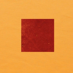 Terracotta op oranjegeel